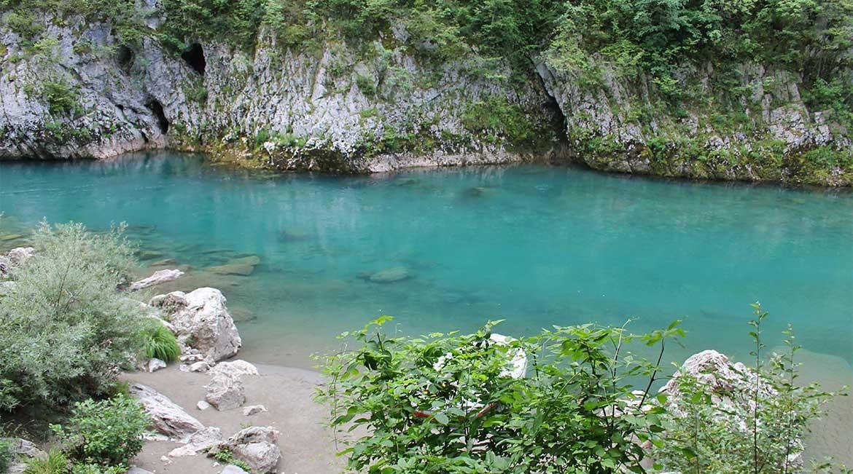 The Tara river.