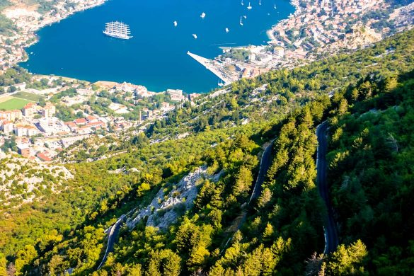 The serpetine road from Kotor to Njegusi.